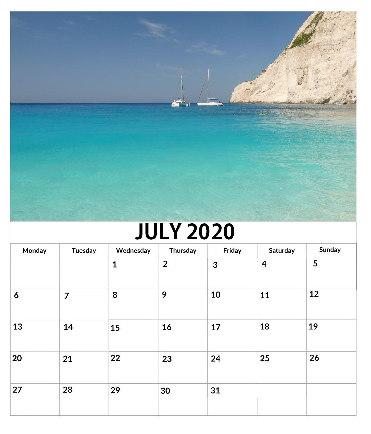 Free July 2020 Wall Calendar